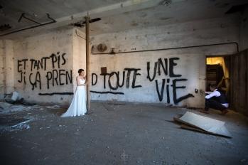 Trash the dress, photographe mariage, photographe, mariage, toulouse, occitanie, 31, couple séance photo, amour, urbex, notrephotographemariage.com, the beautiful day
